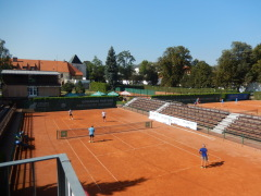 Tenisový turnaj AKCENTA CZ - hra, kurt
